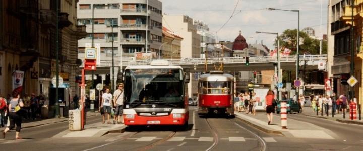 Vybrané aspekty provozu BUS v profilu tramvajové tratě