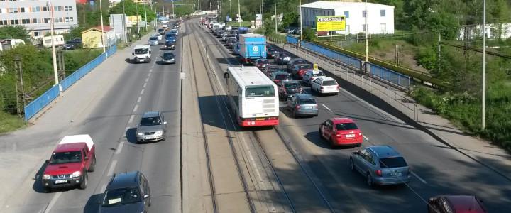 Vliv vyhrazené jízdní dráhy na cestovní rychlost a spolehlivost provozu VHD